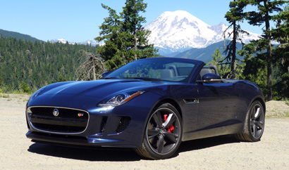 A three-quarter front view of the 2014 Jaguar F-TYPE S