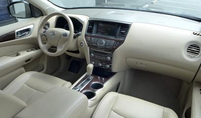2013 Nissan Pathfinder Platinum 4x4 An Interior View Of