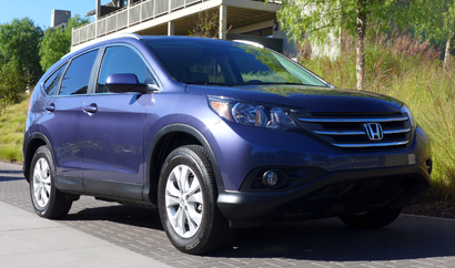 A three-quarter front view of the 2014 CR-V EX-L AWD