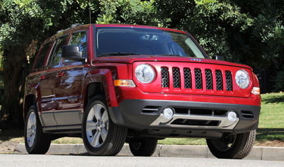 A three-quarter front view of the 2014 Jeep Patriot Limited 4x4