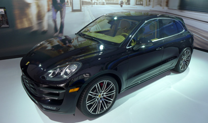 A three-quarter front view of the 2015 Porsche Macan at the 2013 Los Angeles Auto Show
