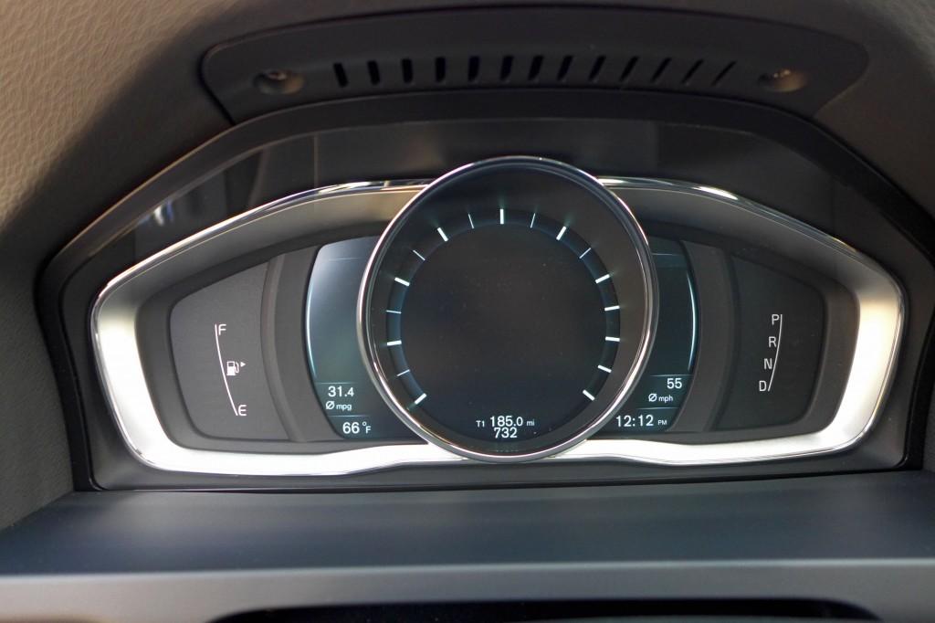2015 Volvo V60 Instrument Panel