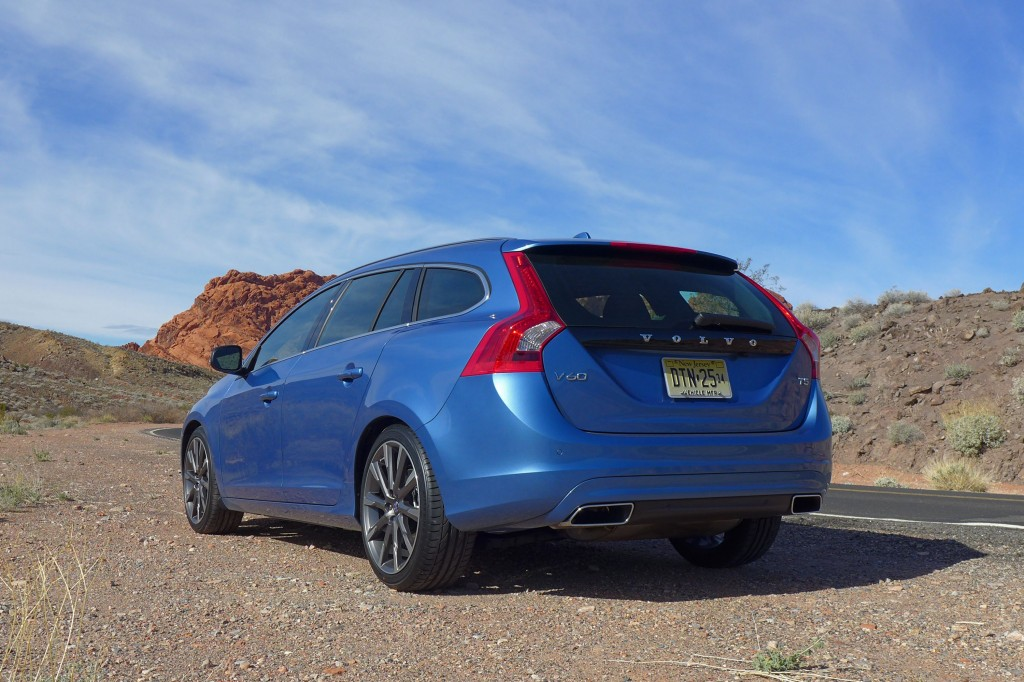 2015 Volvo V60 Rear Three Quarter