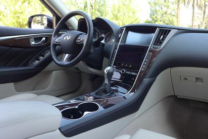 Infiniti Q50s interior left
