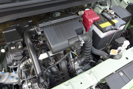 The Mitsubishi Mirage's 1.2 l 3-cylinder motor
