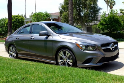 2014 CLA250 Right Front