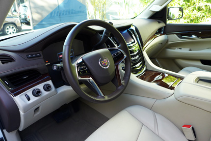 2015-Cadillac-Escalade-Interior-in-Beige