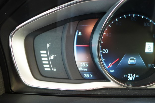 2015 Volvo S60 T6 Drive-E   2015 Volvo S60 Instrument Cluster Detail - Automobiles   Gayot