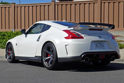 370Z-Nismo-Right-Rear-Three-Quarters-