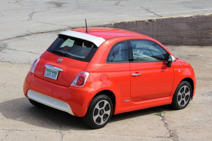 Fiat 500e top right view