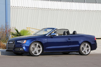 A side view of the 2014 Audi S5 Cabriolet