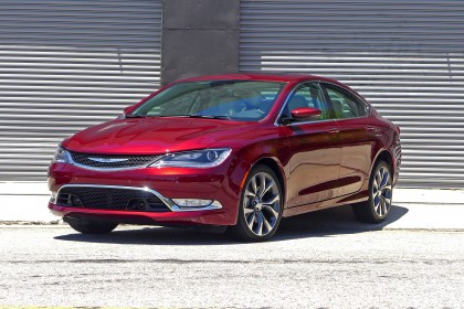 2015 Chrysler 200C Front Three Quarter View