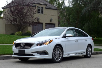 2015 Sonata Front Three Quarter View