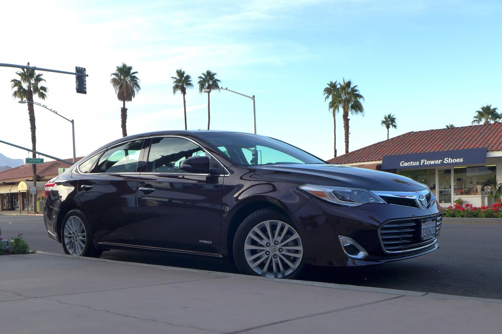 2015 Toyota Avalon Hybrid right front