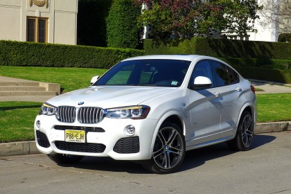2015 BMW X4 front three quarter