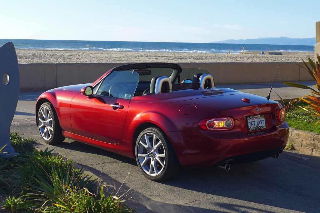 2015 mazda mx 5 miata grand touring prht review price gayot. Black Bedroom Furniture Sets. Home Design Ideas
