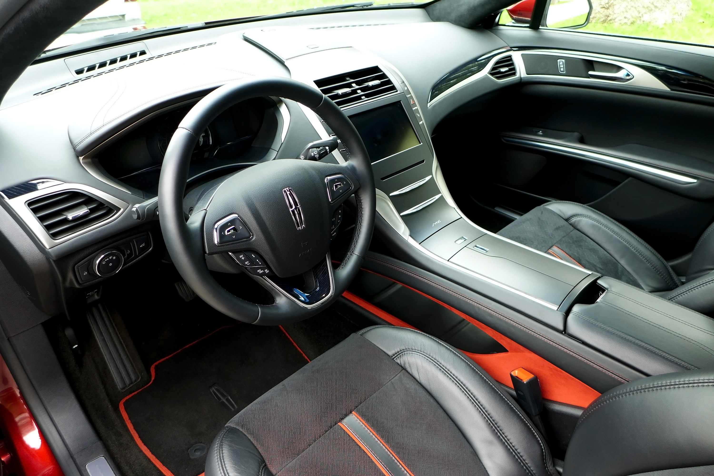 Lincoln 2016 mkz and mkc difference autos post for Scaffidi motors stevens point wi