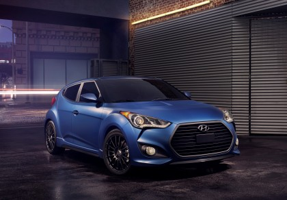 A three-quarter view of the 2016 Hyundai Veloster Rally Edition