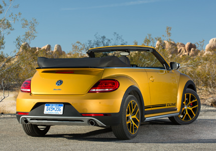 A three-quarter rear view of the 2016 Volkswagen Beetle Dune Convertible, GAYOT's Car of the Month for September 2016
